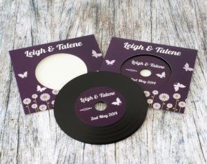 wedding-invitation-vinyl-cd-record-style-wallet-5
