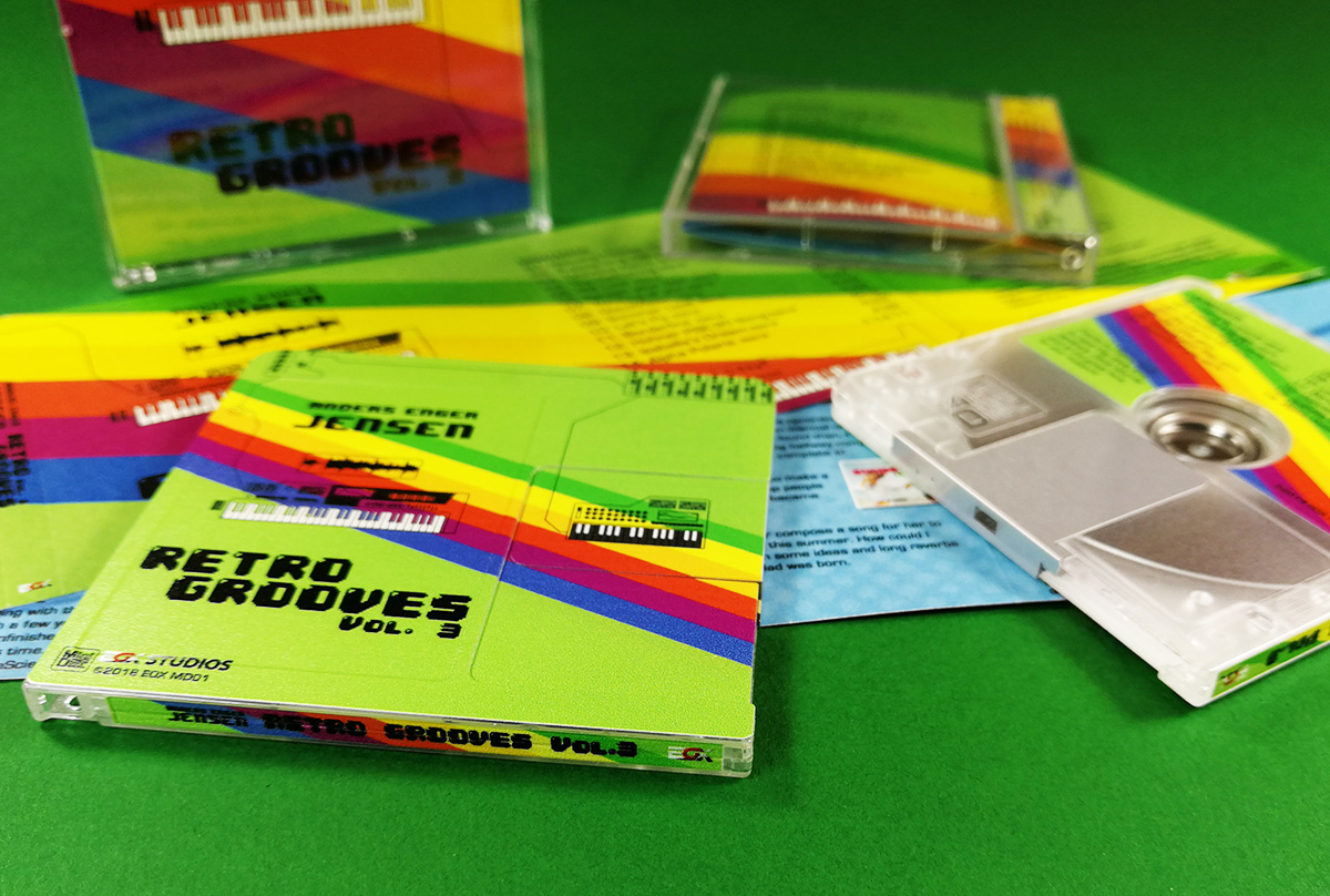 Full colour printed MiniDiscs with front, rear and spine printing, plus matching J-card inserts