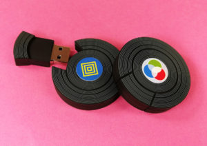Mini vinyl-look USBs