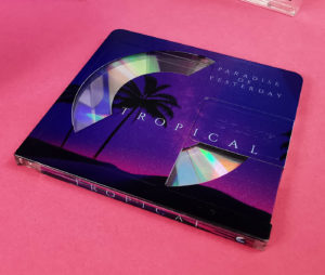 Clear MiniDisc with a partial white base layer and colour printing to create a really interesting reveal of the inner disc