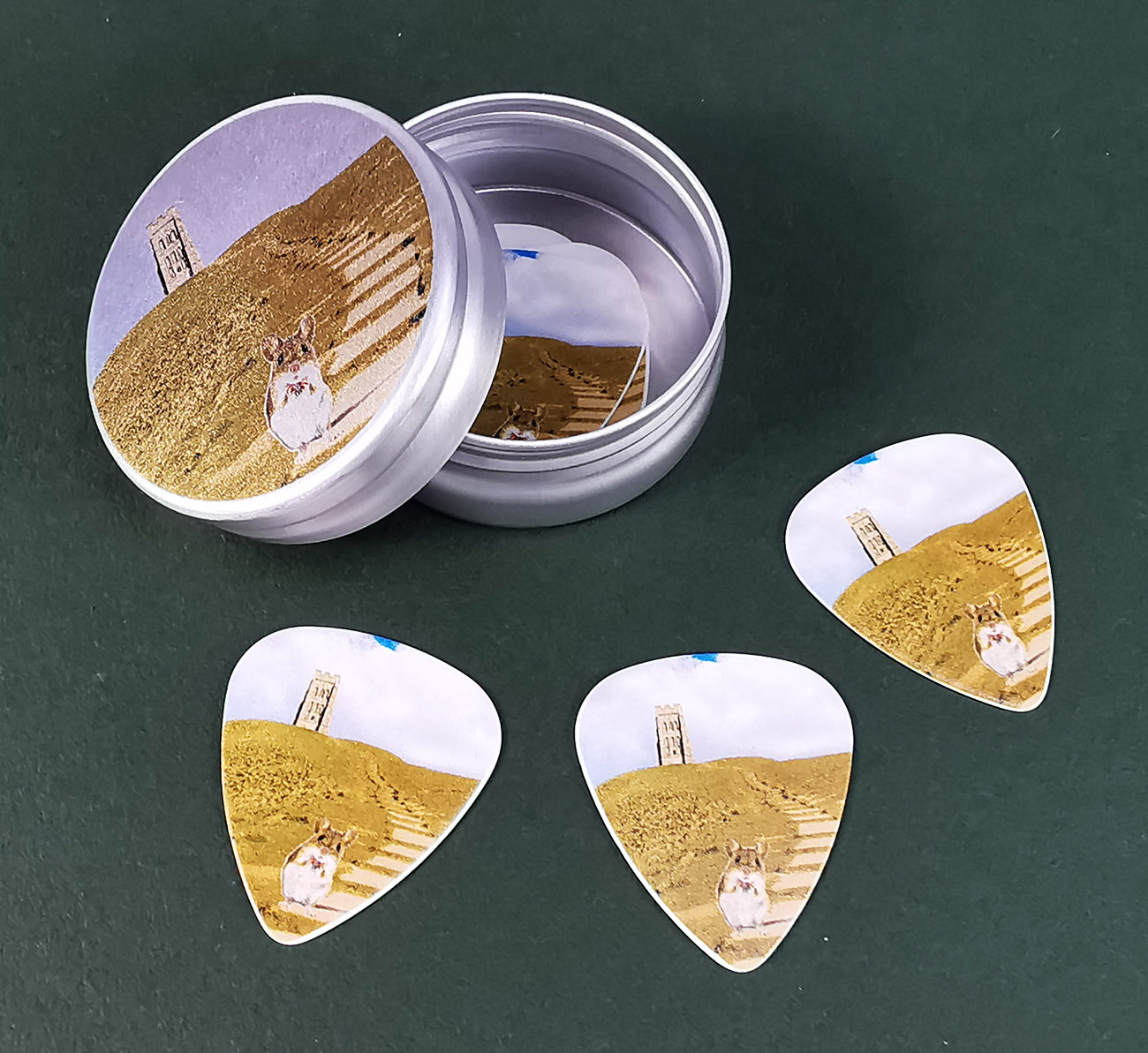 Guitar pick printed tins with white printed guitar picks