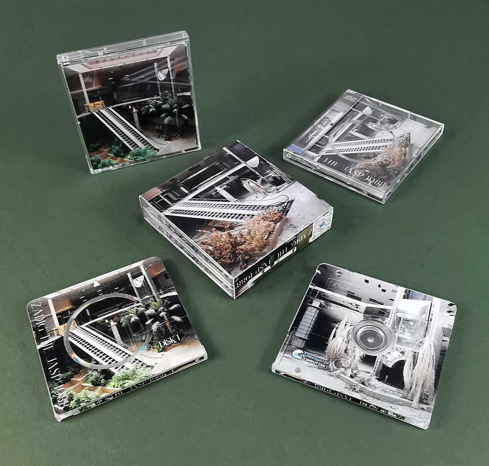 Full colour and full coverage printed double MiniDisc set in outer O-cards